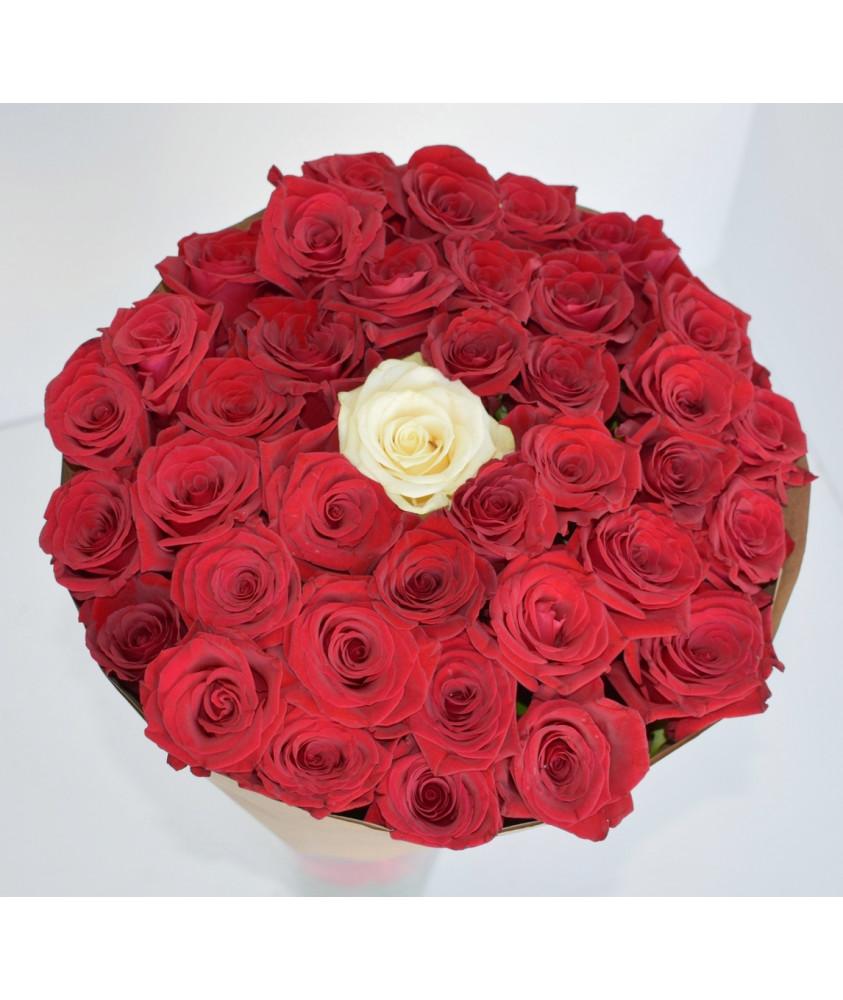 Розы Алые